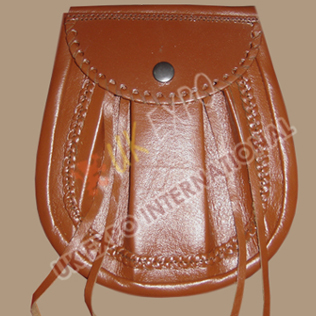 Brown Leather Day wear Sporran Snap Closing with Edge corner crafting