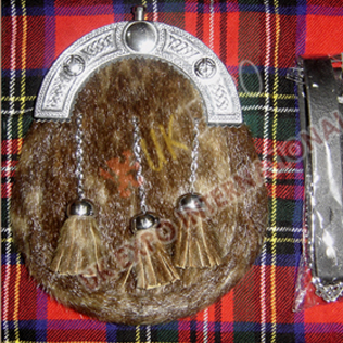 Brown Seal Skin Sporran with Celtic canttle