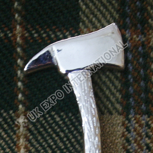 Axe chrome kilt pin