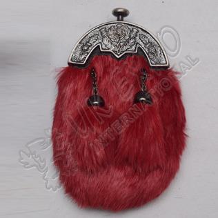 Baby Antique Thistle Cantle and Red Furr Sporran