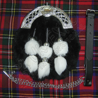 Celtic Cantle Black rabbit furr and White Tessels