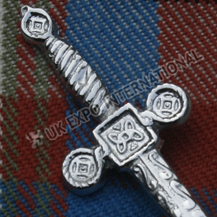 Celtic sign scottish sword kilt pin