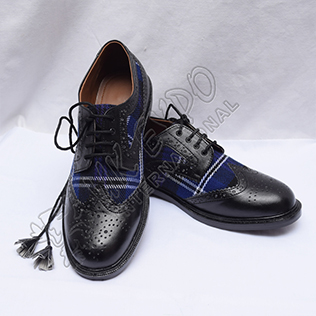 Hybrid Heritage Of Scotland Tartan Ghillie Brogues Shoes with Black Color Leather