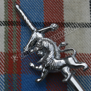 Rampart lion with Scottish sword kilt pin