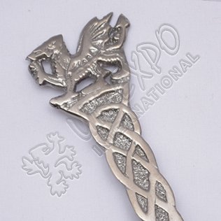 Scottish Rampart Lion Celtic Shiny Antique Kilt Pin