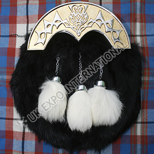 Scottish Thistle Gold Cantle with Black Rabbit Fur Sporran