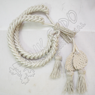 Shacko Hat Cord White Silk material