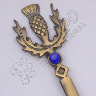 Thistle With Stone Brass Antique Kilt Pin