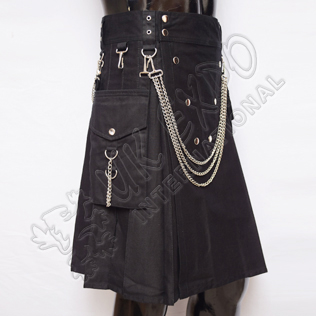 Vee Black Snapy with Chain Style Utility Sports Casual Detchable Pocket Kilt